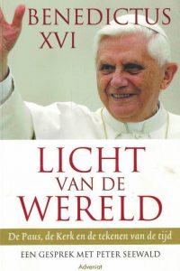 Licht van de wereld-de Paus, de Kerk en de tekenen van de tijd-een gesprek met Peter Seewald-Benedictus XVI-9789491042058