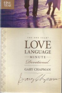 The One Year Love Language Minute Devotional-Gary Chapman-9781414329734